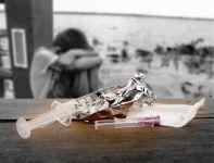 Подробнее: Наркотики – знак беды